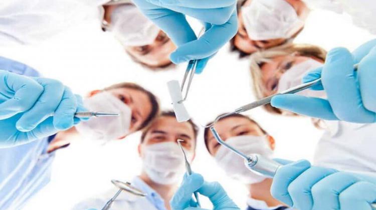 آشنایی با انواع تخصص دندانپزشکی