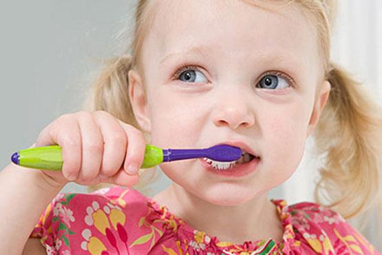 پیشگیری از بروز مشکلات دندان در کودکان
