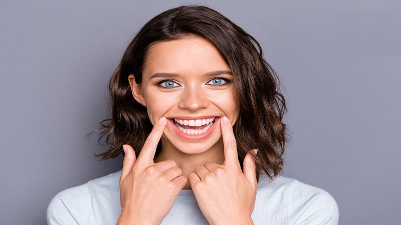 متخصص ارتودنسی اصفهان 2 اصل برای طراحی لبخند در دندان پزشکی